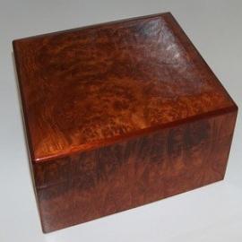A. Mendez Menendez Robusto Box